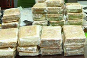 Lĩnh án tử vì vận chuyển 10 bánh heroin