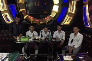 Quảng Bình: Sử dụng ma túy trong quán karaoke nhóm thanh niên bị 'tóm sống'