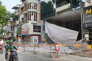 Danh tính 4 nạn nhân tử vong trong vụ sập giàn kính ở Hà Nội: Hai người là mẹ con