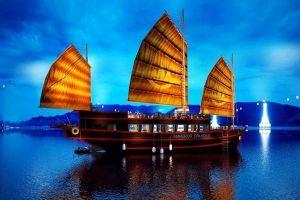 Du thuyền Emperor Cruises trên vịnh Nha Trang nhận giải thưởng TripAdvisor 2020