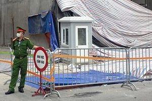 Cảnh sát hình sự vào cuộc điều tra vụ sập giàn giáo tại phố Nguyễn Công Trứ