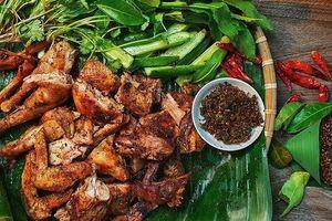'Bẻ lái' sang lĩnh vực ẩm thực, trai đảm Sài Thành được dân bản mách nước cho cách làm món gà nướng mắc khén - chẩm chéo Tây Bắc thơm ngon chuẩn vị