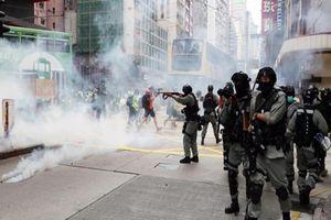 Hong Kong nỗ lực truy bắt sáu người vi phạm luật an ninh