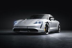 Porsche Taycan vừa được công nhận là mẫu xe tân tiến nhất thế giới