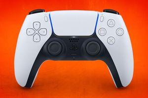 Bạn không nên mua tay cầm PlayStation 4 lúc này