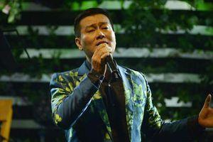 Ca sĩ Tuấn Phương đang hôn mê và nguy kịch, nhiều nghệ sĩ chung tay hỗ trợ