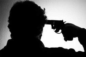 Tin nóng ngày 6/8: Thất tình, tự bắn súng vào đầu rồi dùng điện thoại quay lại