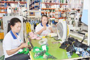 Phát triển kinh tế gắn với nâng cao chất lượng cuộc sống người dân