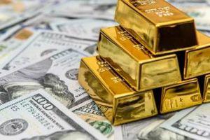 Vàng chạm mốc 62 triệu đồng/lượng, biến động khó lường