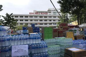 Nguy cơ lây nhiễm chéo từ trao hàng cứu trợ ngay tại cơ sở y tế và các khu vực phong tỏa
