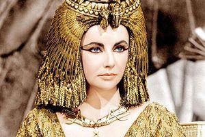 Tiết lộ 'bí thuật' phòng the của nữ hoàng Cleopatra, 2.000 năm vẫn có 'ma lực' ngút người
