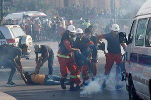 Liban: Biểu tình tại thủ đô leo thang thành bạo loạn, 1 cảnh sát thiệt mạng, 500 người bị thương