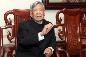 Bác Lê Khả Phiêu với văn nghệ sĩ, nhà báo