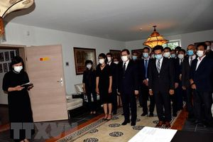 Lễ viếng và mở sổ tang nguyên Tổng Bí thư Lê Khả Phiêu được tổ chức trang trọng tại nhiều nước