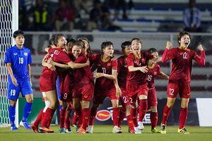 Tuyển nữ Việt Nam bỏ xa Thái Lan trên bảng xếp hạng FIFA