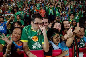 Thai-League trở lại với sân bóng có khán giả