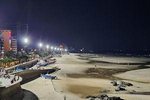 Vũng Tàu: Biển Bãi Trước, Bãi Sau sáng rực nhờ dàn đèn cao áp