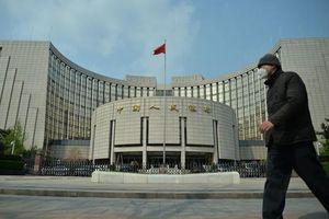 Trung Quốc phải bơm thêm 101 tỷ USD tiền mặt