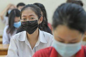 2,9 điểm mỗi môn đỗ lớp 10 trường công lập ở Nghệ An