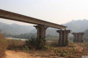Kỳ lạ cầu tiền tỷ ở Đắk Lắk xây dang dở, bỏ hoang hơn 2 thập kỷ