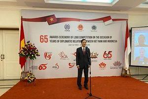 Trao giải cuộc thi thiết kế logo 65 năm quan hệ ngoại giao Việt Nam-Indonesia