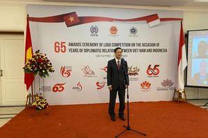 Trao giải cuộc thi thiết kế logo kỷ niệm 65 năm quan hệ ngoại giao Việt Nam-Indonesia