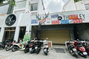 Hơn nửa năm đóng cửa vì dịch Covid-19, giá thuê mặt bằng trên đường Phan Xích Long vẫn chưa 'hạ nhiệt'