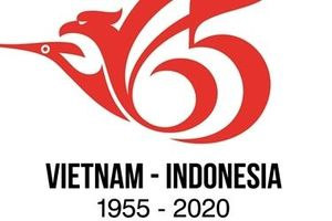 Trao giải thiết kế logo kỷ niệm quan hệ Việt Nam-Indonesia