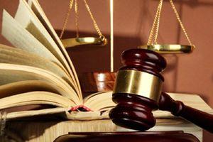 Kháng nghị vụ đổi tội cho bị cáo đâm người yêu cũ rồi kêu cứu