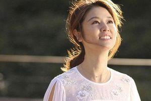 Lâm Tâm Như khoe vẻ đẹp 'không tỳ vết' ở tuổi 44