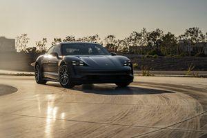 Porsche Taycan 2021 trình làng, bổ sung những thay đổi đáng giá