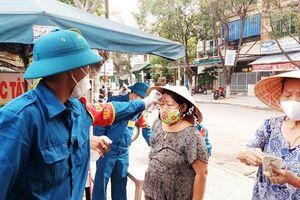 Nhân viên quản lý chợ, tổ trưởng dân phố mắc COVID-19, Đà Nẵng thông báo khẩn