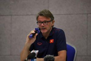HLV Philippe Troussier: Tôi và HLV Park cùng ngắm đến World Cup 2026