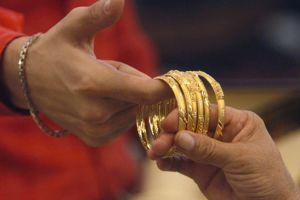 Những đối tượng hưởng lợi từ cơn sốt giá vàng