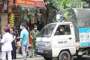 Hà Nội: Chủ quán ăn chủ động bảo đảm an toàn cho khách hàng mùa dịch Covid-19