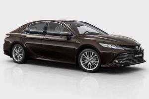 Sedan Camry vẫn là át chủ bài của Toytota khi thị trường toàn SUV