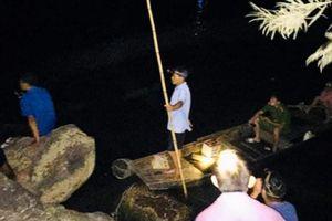 Tìm thấy thi thể 2 cháu bé nghi đuối nước trên sông Ngàn Phố