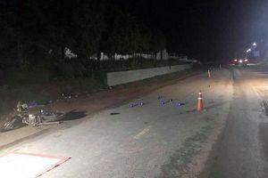 Hòa Bình: Va chạm giữa xe máy với đầu kéo, một người tử vong