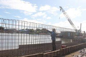 Gỡ khó dự án Kè bờ sông Cần Thơ - ứng phó với biến đổi khí hậu