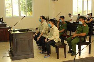 Bình Dương: 2 thanh niên hầu tòa vì 'giúp bạn' đánh người