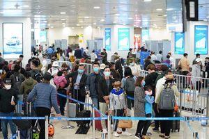 Khách đi Nhật, Hàn nhiễm Covid -19, nhiều người phải cách ly