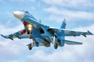 Chiến đấu cơ Su-27 của Nga chặn máy bay ném bom Mỹ trên biển Baltic