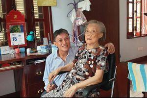 Giáo sư Lê Thi - người phụ nữ kéo cờ ngày Độc lập vừa qua đời