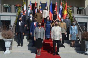 Đại sứ quán Việt Nam tại Thổ Nhĩ Kỳ tham dự Lễ thượng cờ do Ủy ban ASEAN Ankara tổ chức