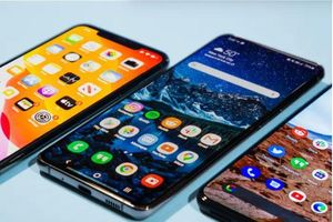 iPhone SE và Samsung Galaxy S10 Lite, smartphone nào đáng chọn trong tầm giá dưới 15 triệu đồng?