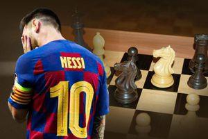 Tạo cú sốc bằng đòn 'thí Hậu', Messi tái hiện hoàn hảo một cách khó tin 'Ván cờ bất tử'