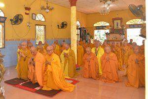 Bến Tre : Trường hạ chùa Vạn Phước tạ pháp An cư