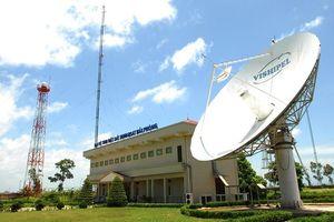 Đổ cột ăng-ten đài vệ tinh, một người tử vong