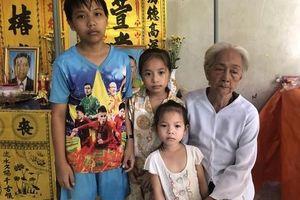 3 đứa trẻ không biết sống sao khi cùng lúc mất cả cha lẫn mẹ vì tai nạn giao thông