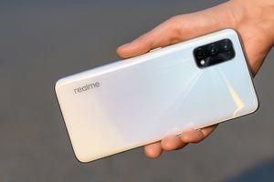 Realme X7 và X7 Pro ra mắt: màn hình 120Hz, Dimensity 1000+, sạc nhanh 65W, giá 323 USD